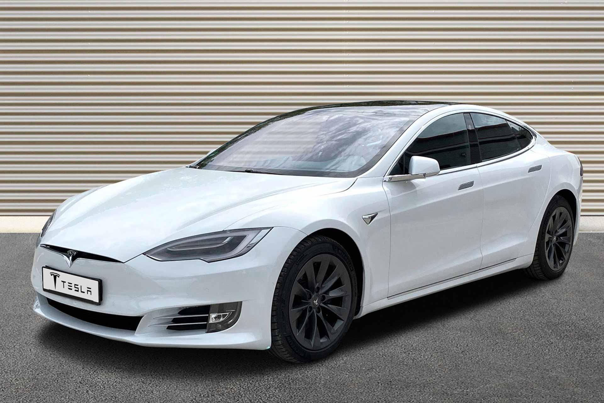 Model-S-LR-white-a