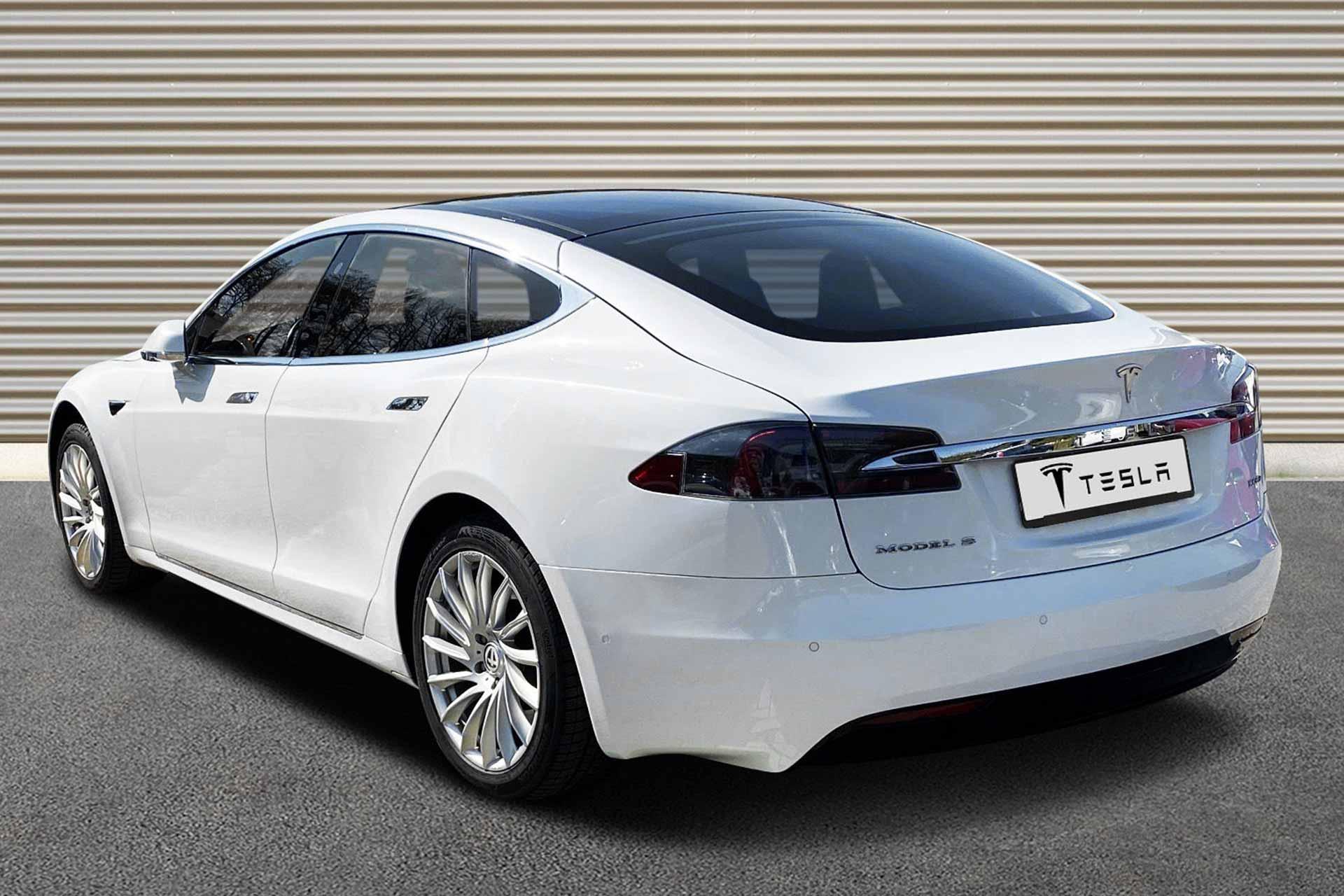 Model-S100-white-b