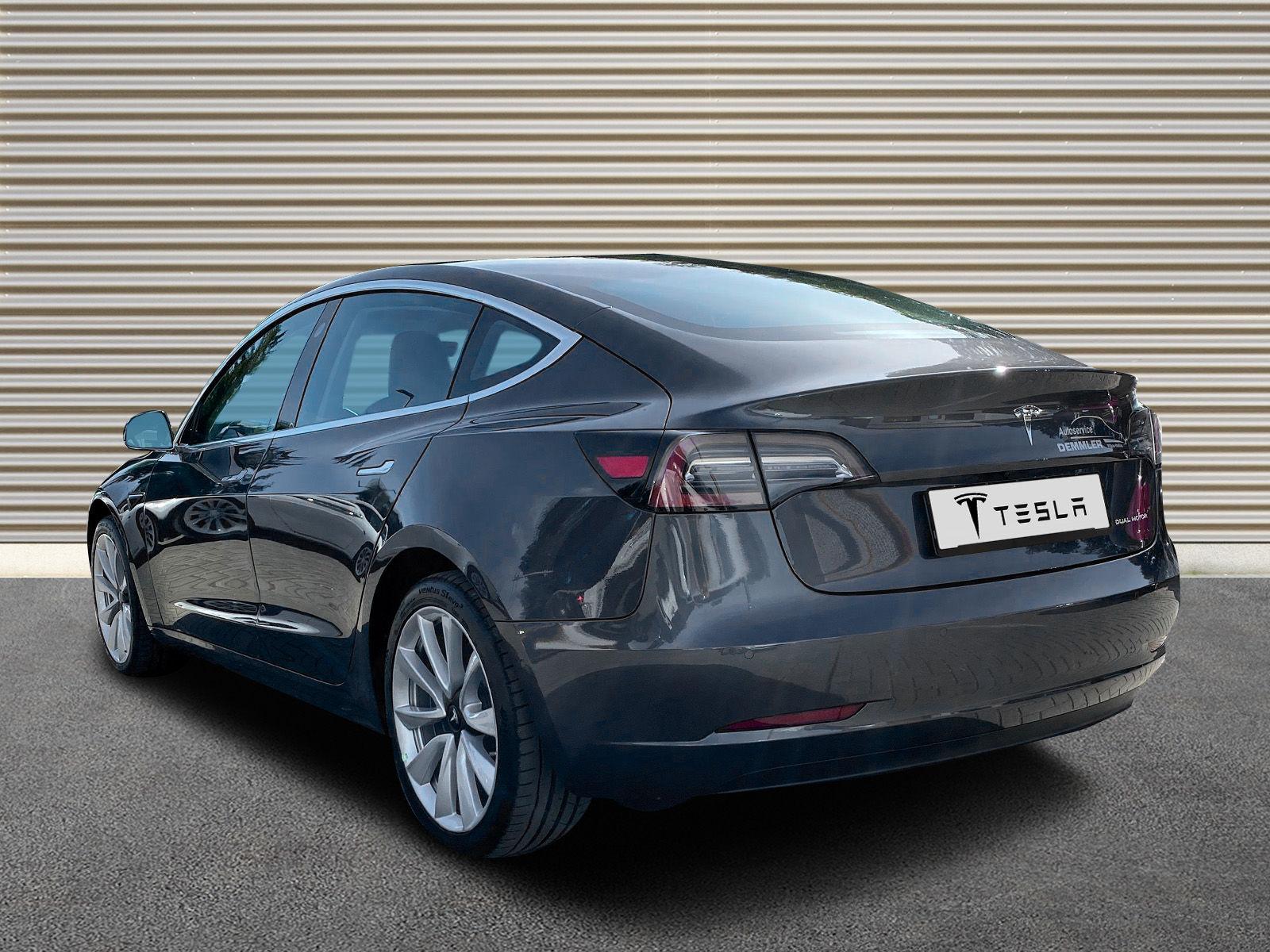 Tesla 3 LR midnigt 676492_02