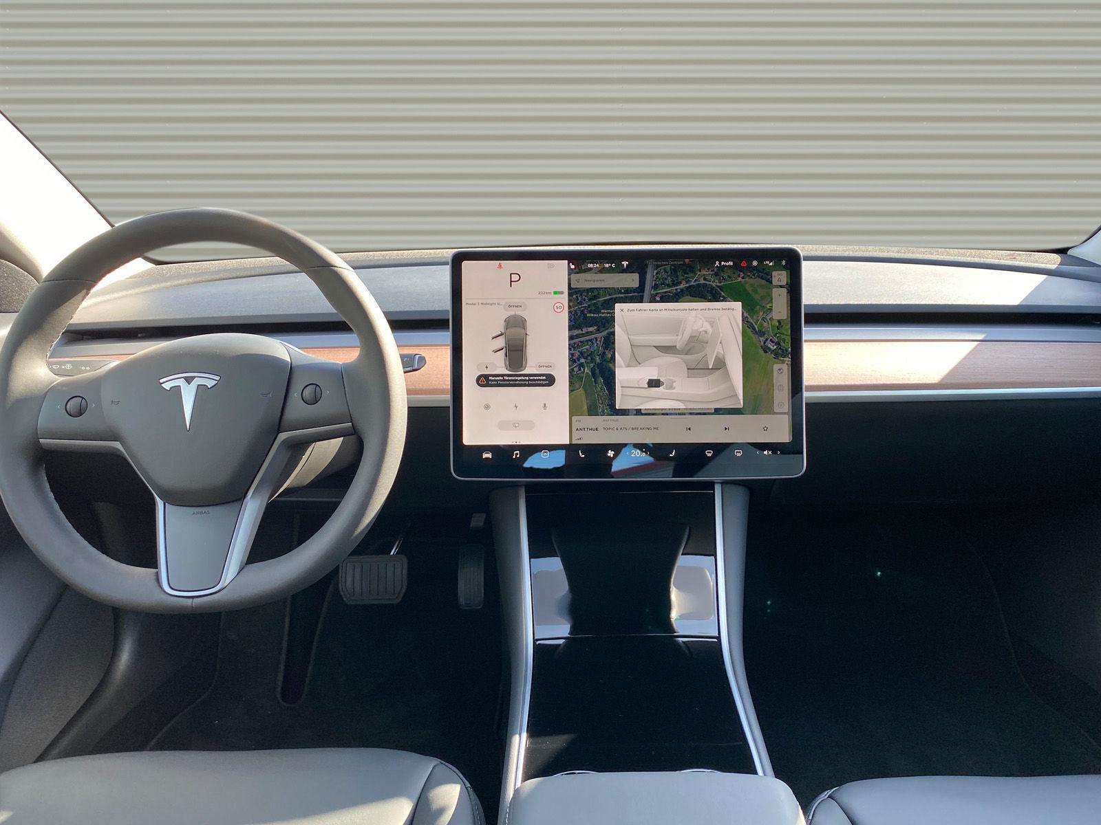 Tesla 3 LR midnigt 676492_03