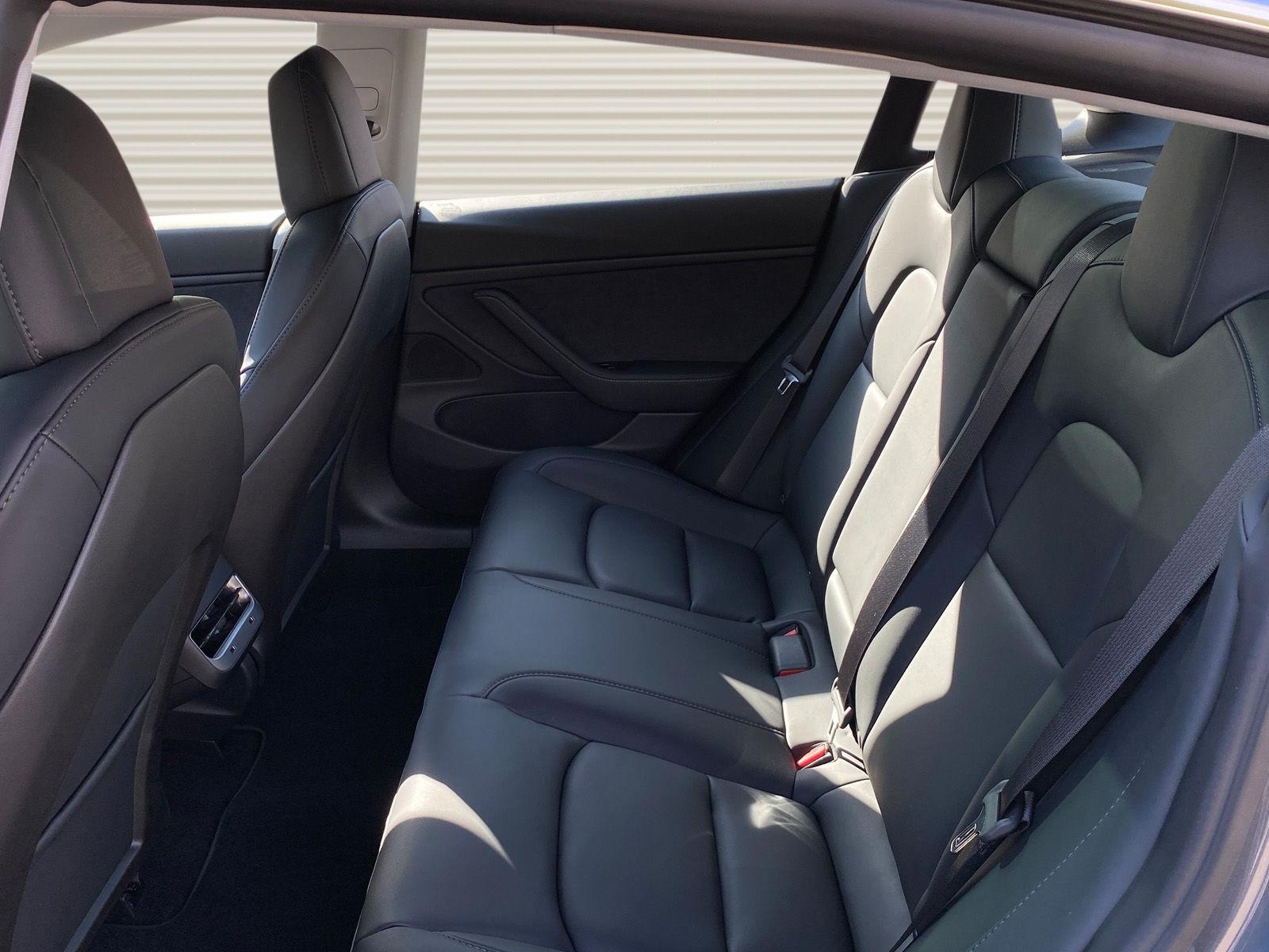Tesla 3 LR midnigt 676492_05